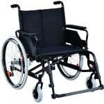 Кресло-коляска с откидными подлокотниками и съемными подножками, увеличенной ширины и грузоподъемности (200 кг)