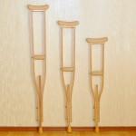 Костыли  деревянные (взрослые, подростковые, детские)